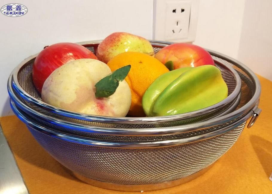 Customized Wire Mesh Fruit Basket , Metal Wire Basket Fruit Bowl For Home / Kitchen